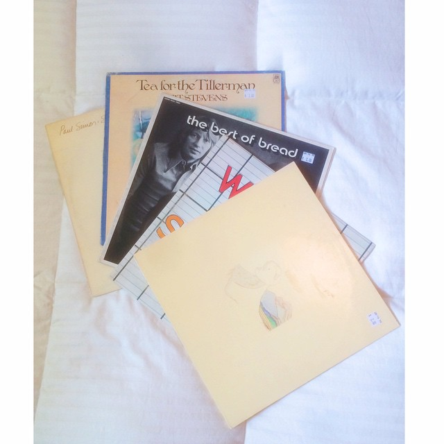 New friends - thanks F&B #courtandspark #thebestofbread #wings #catstevens #paulsimon #vinyl