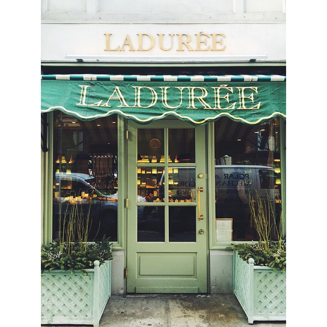 From Saturday ? #ladurée #favorite #lamodedujour